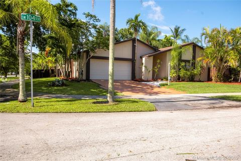 Photo of 12800 Sw 104 Te, Miami, FL 33186
