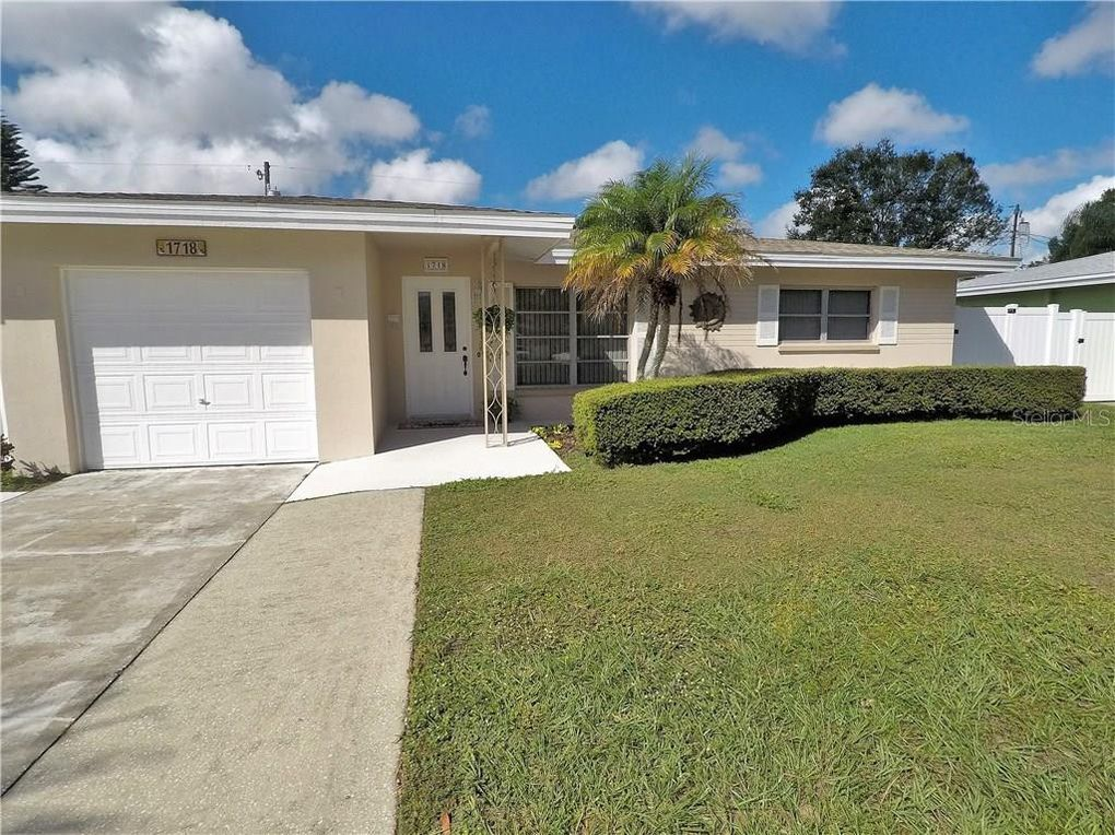 1718 Manchester Dr Clearwater Fl 33756 Home For Rent Realtor Com