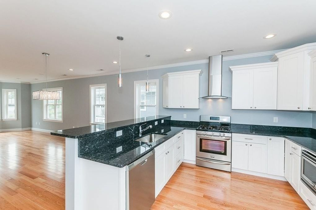 Kitchen Cabinets Quincy Ma 16 dartmouth st, quincy, ma 02169 - realtor®