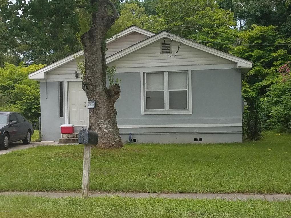 1743 W 45th St, Jacksonville, FL 32208