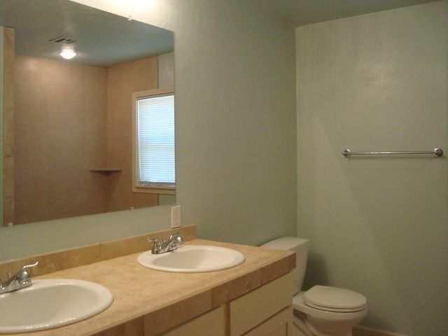 Bathroom Sinks Edmond Ok 45 e 14th st, edmond, ok 73034 - realtor®