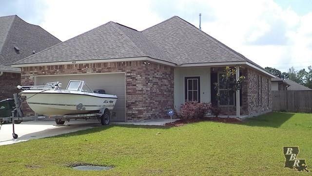 402 Cypress Garden Dr, Houma, La 70364 - Realtor.Com®