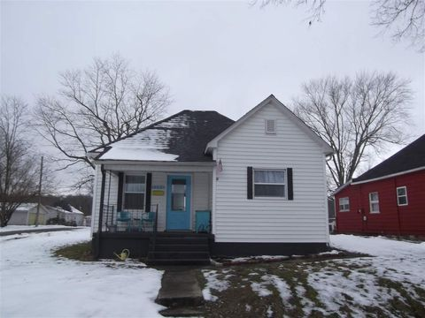 1433 S 7th St, Clinton, IN 47842