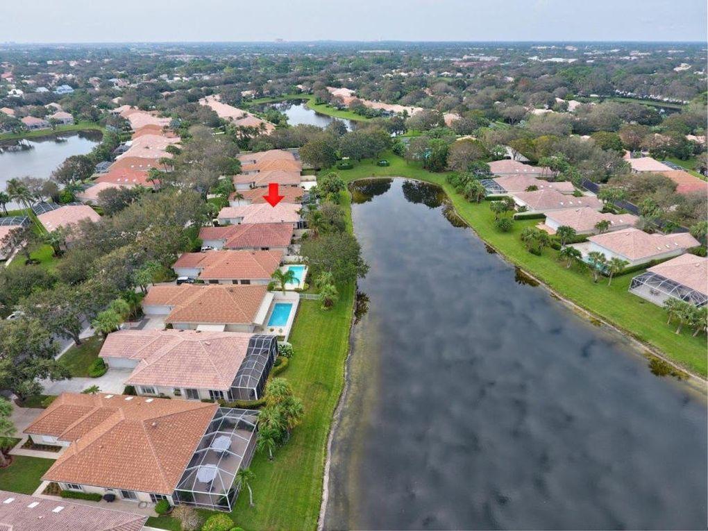 269 Kelsey Park Cir, Palm Beach Gardens, FL 33410