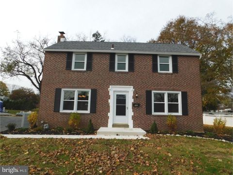 232 Indian Rock Dr, Springfield, PA 19064
