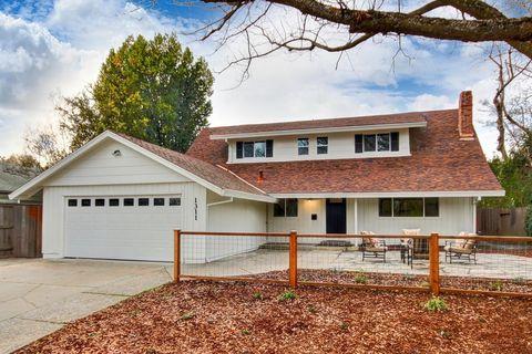 1311 Pine Ln, Davis, CA 95616