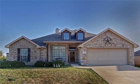 Photo of 115 Stoneridge Dr, Crandall, TX 75114