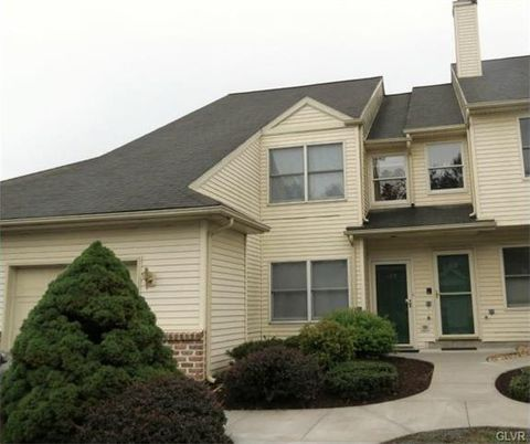 169 Lindfield Cir, Macungie, PA 18062
