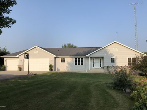 Photo of 25062 723rd St, Hayfield, MN 55940
