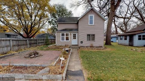 205 Pacific Ave, Atwater, MN 56209
