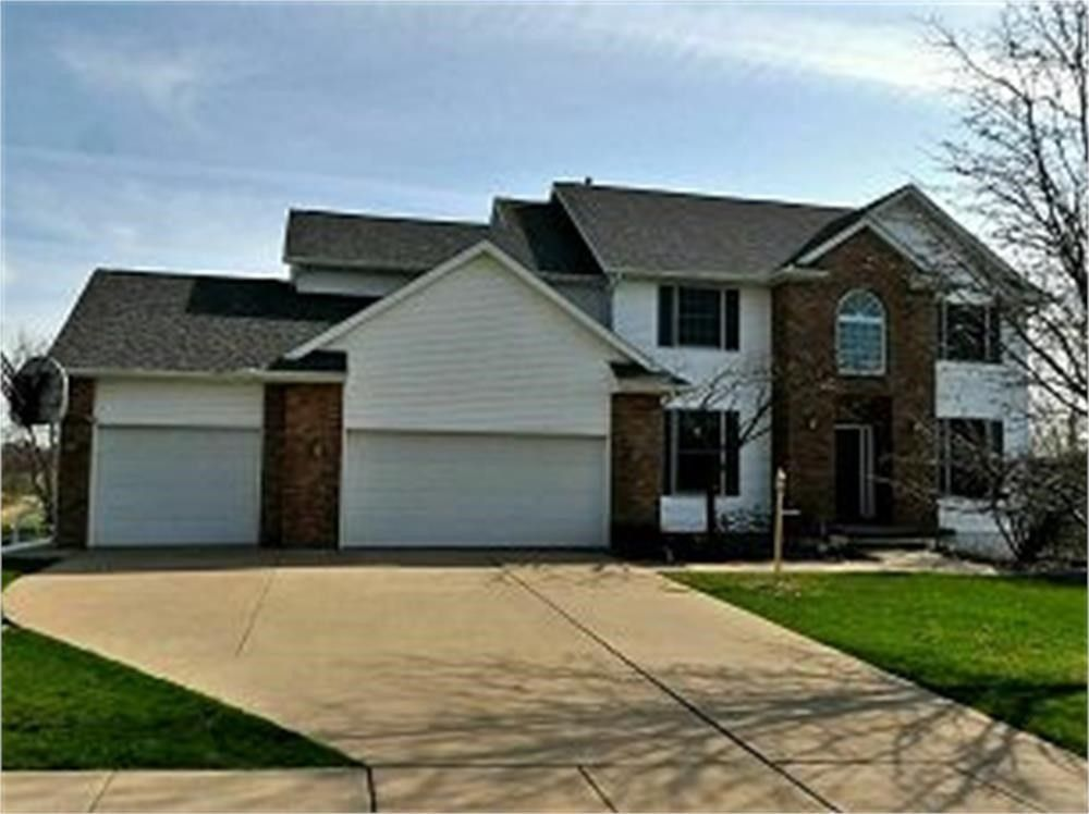 320 Knowling Dr Coralville, IA 52241