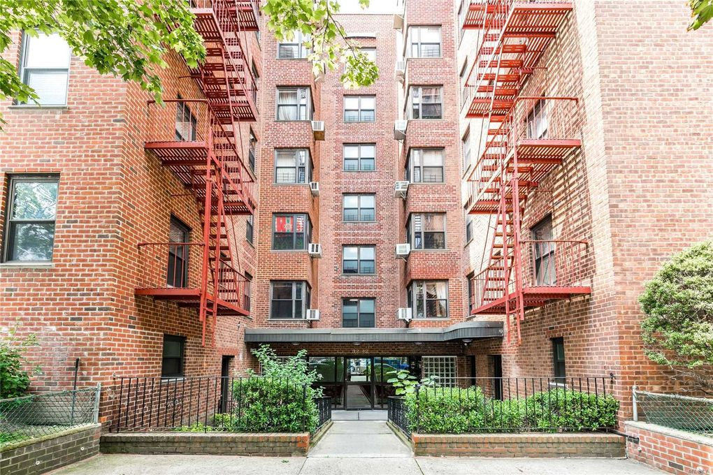 32-42 89th St Unit 602 East Elmhurst, NY 11369
