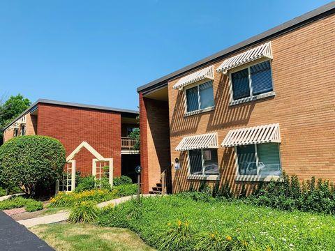 Photo of 603 W Park Ave Apt 204, Libertyville, IL 60048
