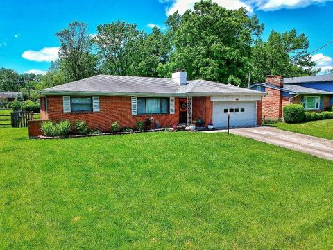 Photo of 7995 Merrymaker Ln, Sycamore Township, OH 45236