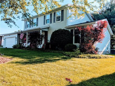 Photo of 43 Crystal Creek Dr, Rochester, NY 14612