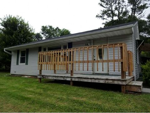 Photo of 316 Cedar Valley Rd, Bristol, TN 37620
