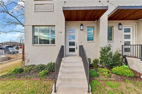 Photo of 228 Wimberly St, Fort Worth, TX 76107