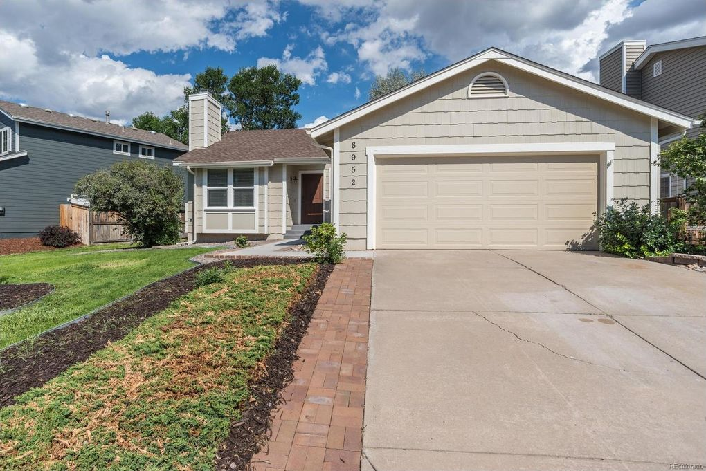 8952 S Coyote St, Highlands Ranch, CO 80126