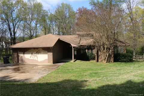 Photo of 129 Marvin Rd, Indian Land, SC 29707