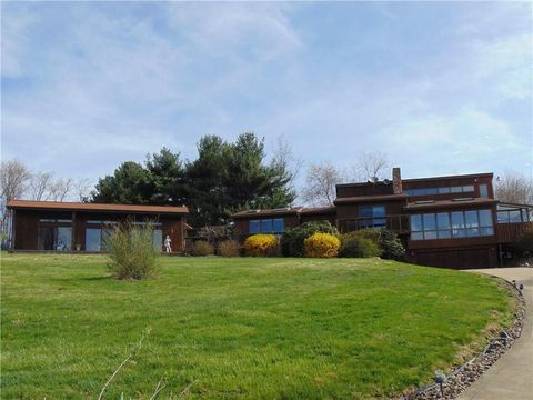 Photo of 100 Grandview Hts, Dry Tav Rices Landing, PA 15357