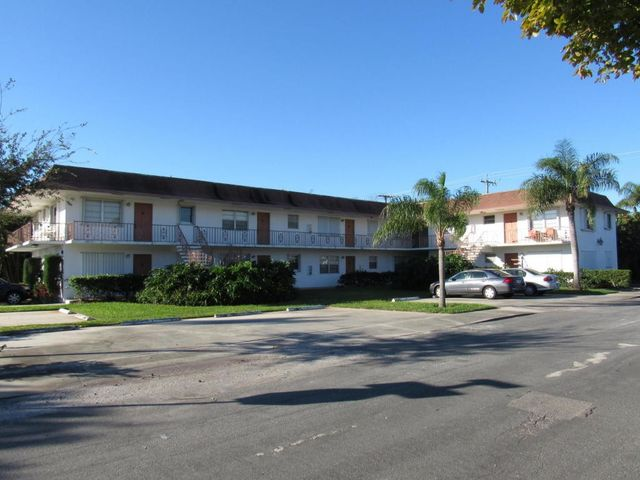 301 s lakeside dr apt 4 lake worth fl 33460 home for