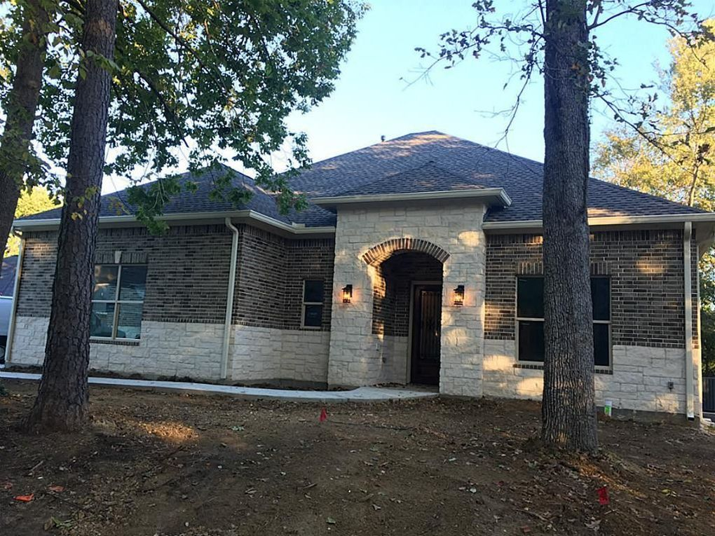 50 Melrose Dr, Montgomery, TX 77356