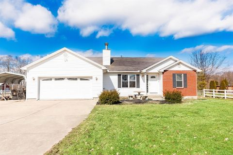 Photo of 8580 Waynes Way, Blanchester, OH 45107