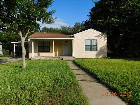 Photo of 1105 Hartwell Rd, Alice, TX 78332
