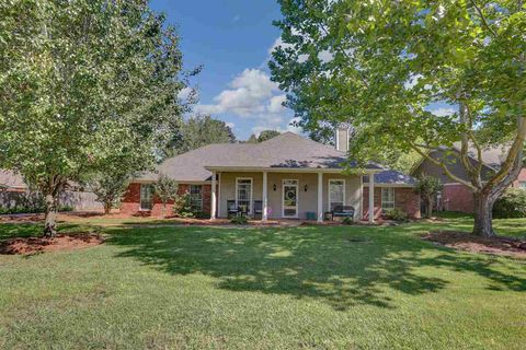 Photo of 1061 Bayberry Dr, Flowood, MS 39232