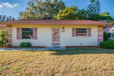 4526 Pawnee Trl, Sarasota, FL 34233