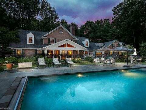 Photo of 679 Chagrin River Rd, Gates Mills, OH 44040