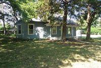 405 College St, Halstead, KS 67056