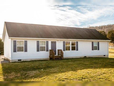 1701 Adair Way, Rockingham, VA 22802