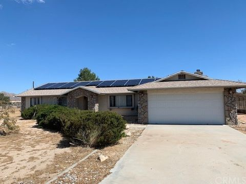 Photo of 20930 Standing Rock Ave, Apple Valley, CA 92307