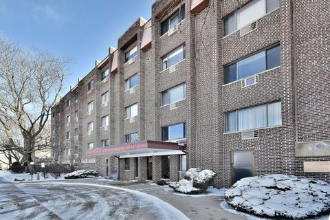 Photo of 4623 N Chester Ave Unit 110, Chicago, IL 60656