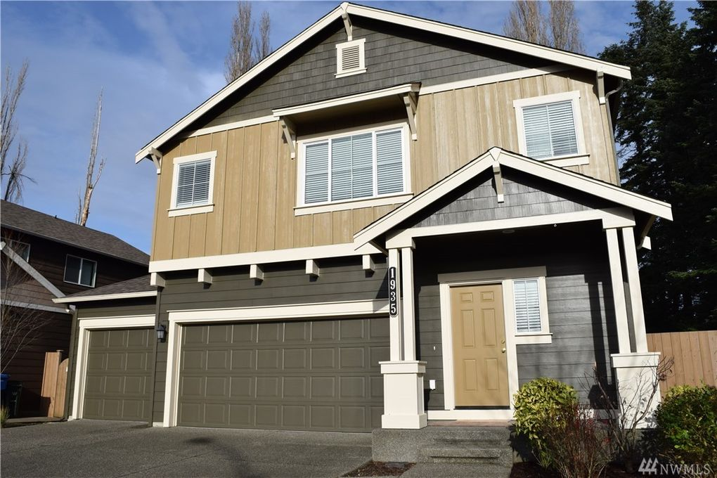 1935 5th Ave Nw, Puyallup, WA 98371 - realtor.com® Puyallup Dream Homes Remodeling on mercer island home, detroit home, santa fe home, aberdeen home, los angeles home, riverside home, portsmouth home, milwaukee home,