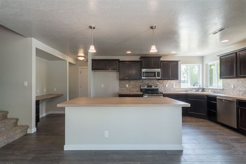 2917 Nw 10th Ave, Meridian, ID 83646
