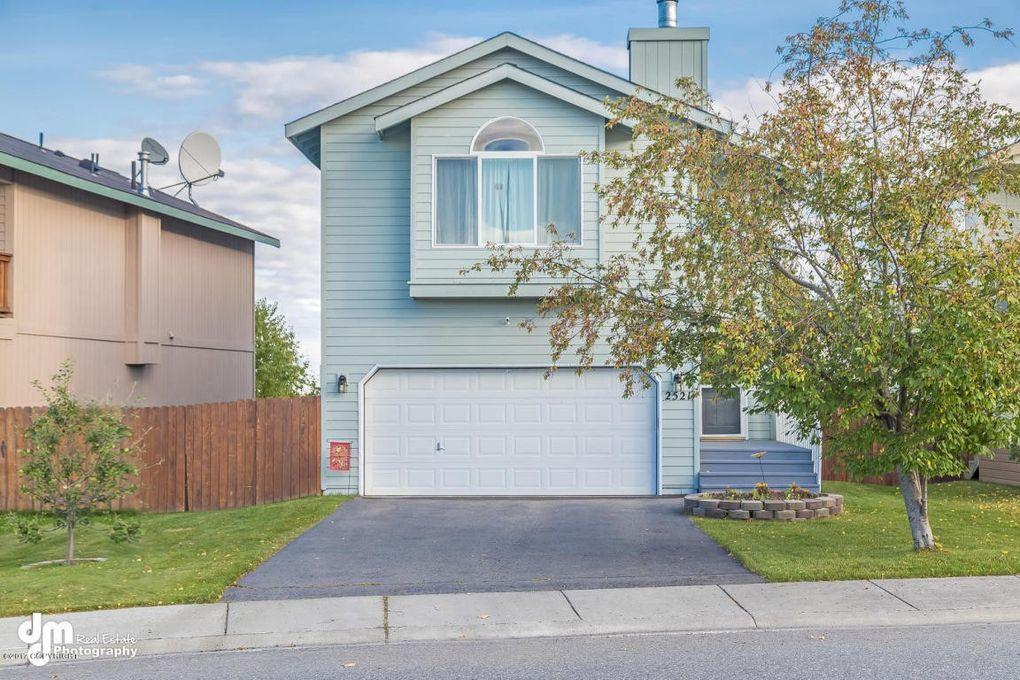 2521 Rives Ct, Anchorage, AK 99507