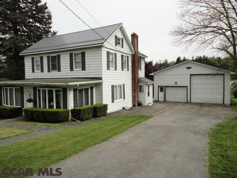 220 Juniata Ave, Houtzdale, PA 16651