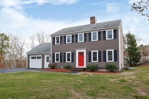 Awesome 5 Meredith Rd Forestdale Ma 02644 Interior Design Ideas Inesswwsoteloinfo