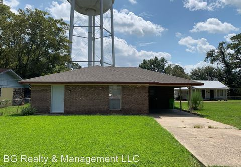 Photo of 617 Cecile Blvd, Breaux Bridge, LA 70517