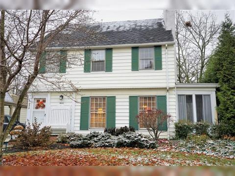 3614 Tolland Rd, Shaker Heights, OH 44122