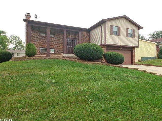 101 Oakhurst Rd, Matteson, IL 60443