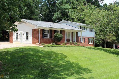 Photo of 6599 Peacock Blvd, Morrow, GA 30260