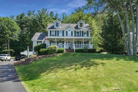 Photo of 17 Tyler Dr, Goffstown, NH 03045