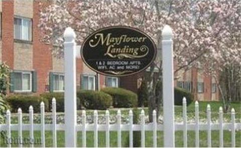 66 Mayflower Ave Apt 27, Middleboro, MA 02346