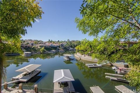 29789 Redwood Dr, Canyon Lake, CA 92587
