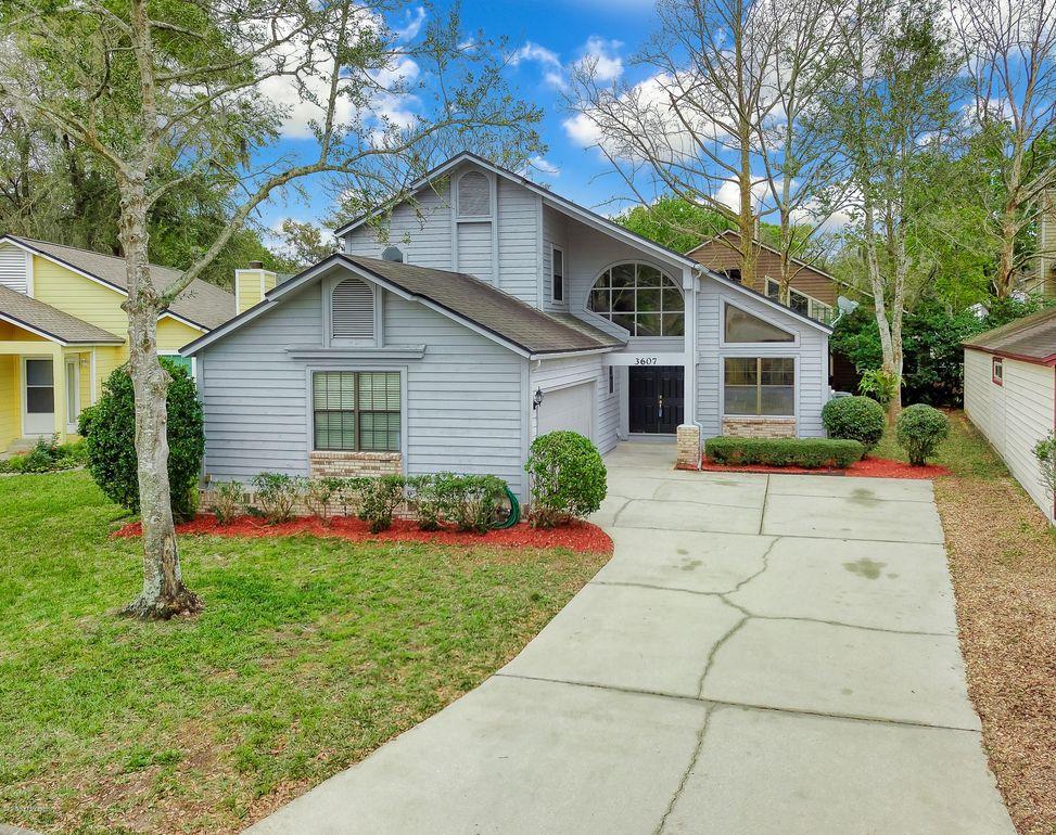 3607 Bridgewood Dr, Jacksonville, FL 32277
