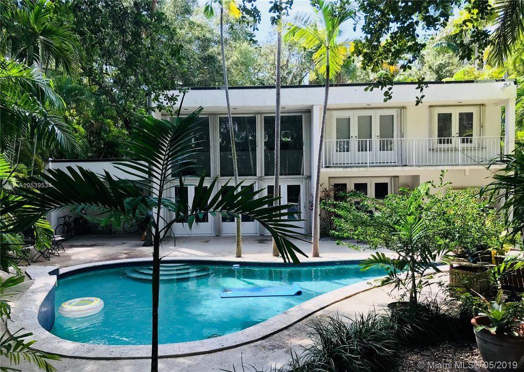 1951 Secoffee St, Miami, FL 33133