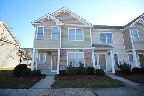 Photo of 4112 Kittrell Farms Dr Unit R2, Greenville, NC 27858